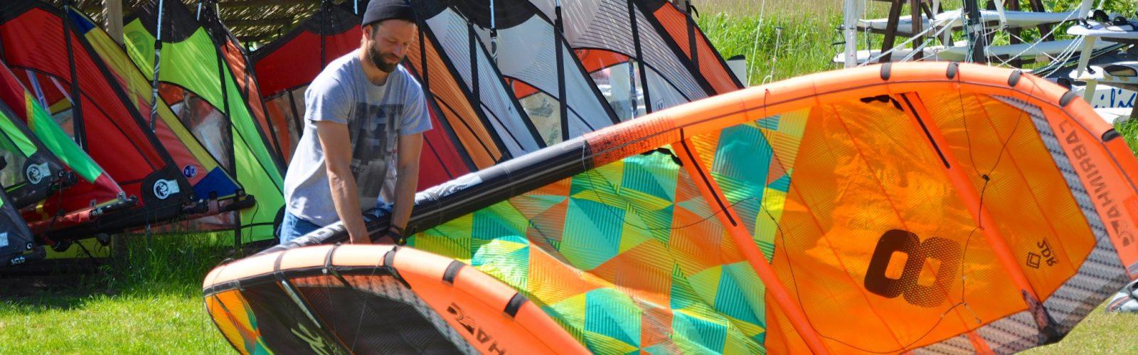 Vor dem Kitesurfkurs
